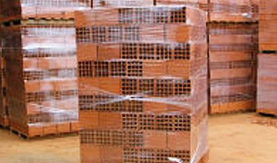 PRODUCTOS. El indicador mide ventas de ladrillos, cemento portland, cal, aceros largos, carpintería de aluminio, pisos y cerámicos.