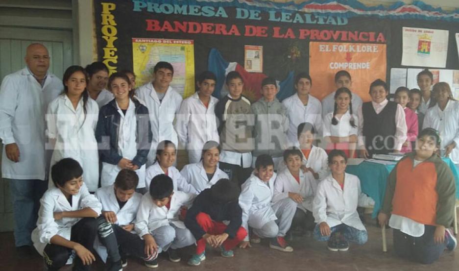 alumnos de 7° Grado de la escuela N°60 Antonio Sáenz de Laprida.
