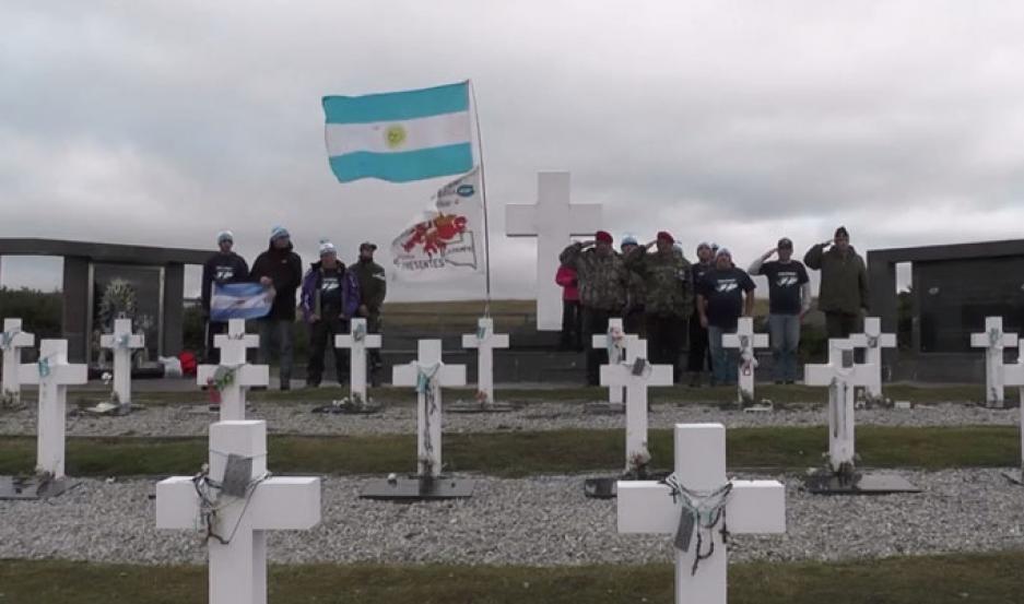 Objetos de soldados caídos en Malvinas serán entregados a familiares