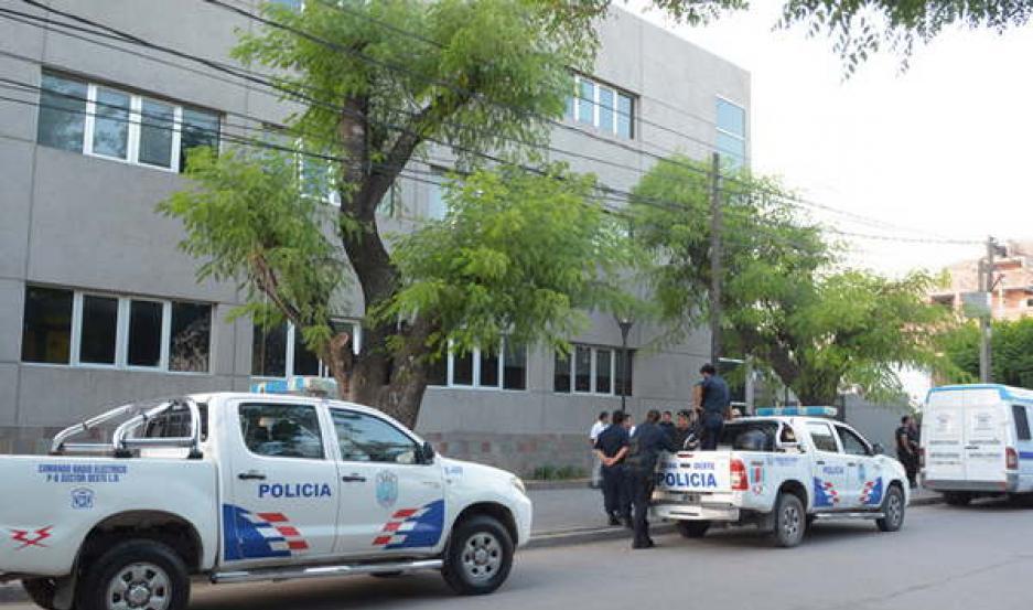 PRESOS. La Dra. Montes dispuso que los acusados quedasen detenidos, alojados en la Alcaidía de Tribunales.