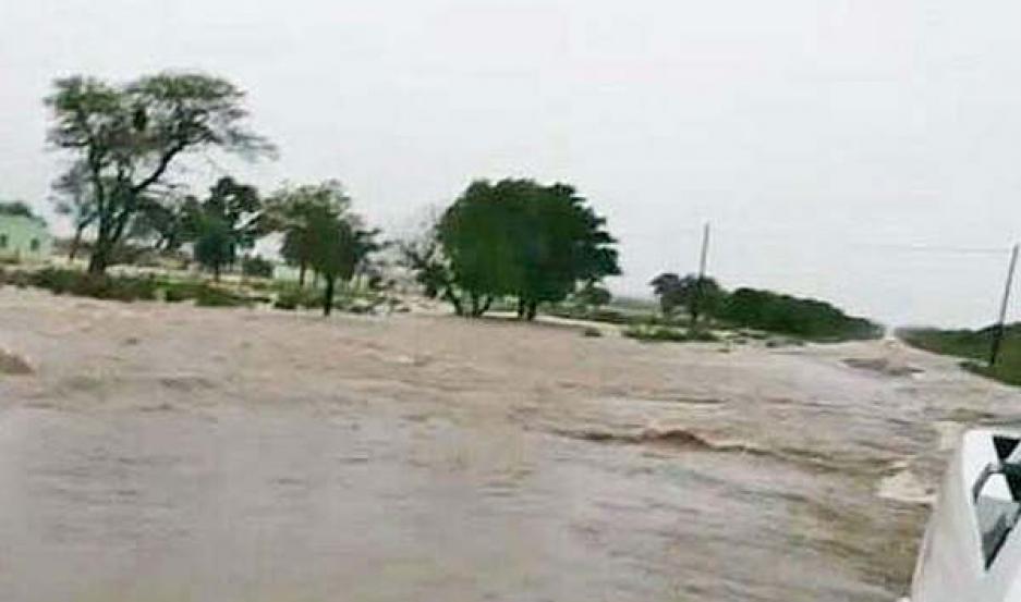 El temporal causó inundaciones en Pozo del Toba y afectó a varias localidades del interior provincial
