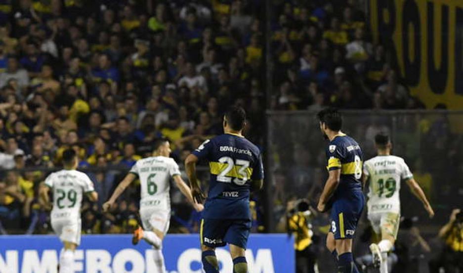IMPOTENCIA Boca no estuvo en su noche y pagó caro cada error. Palmeiras, que mostró debilidades, se llevó la clasificación. Pavón, el mejor.