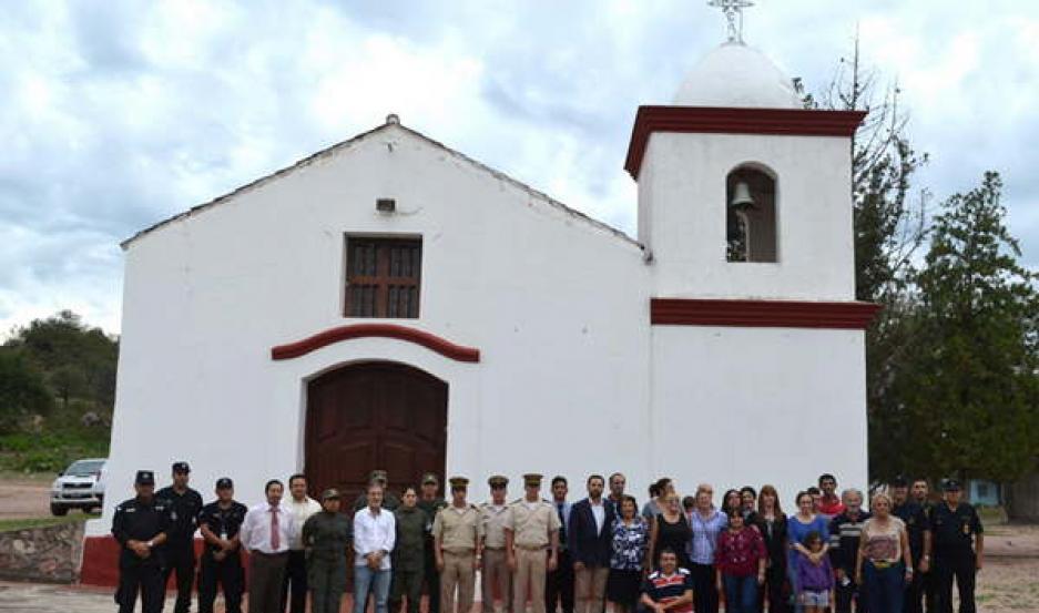 VISITA. Recorrieron el santuario de la Virgen de Sumampa, el antiguo Camino Real y diferentes sitios arqueológicos.