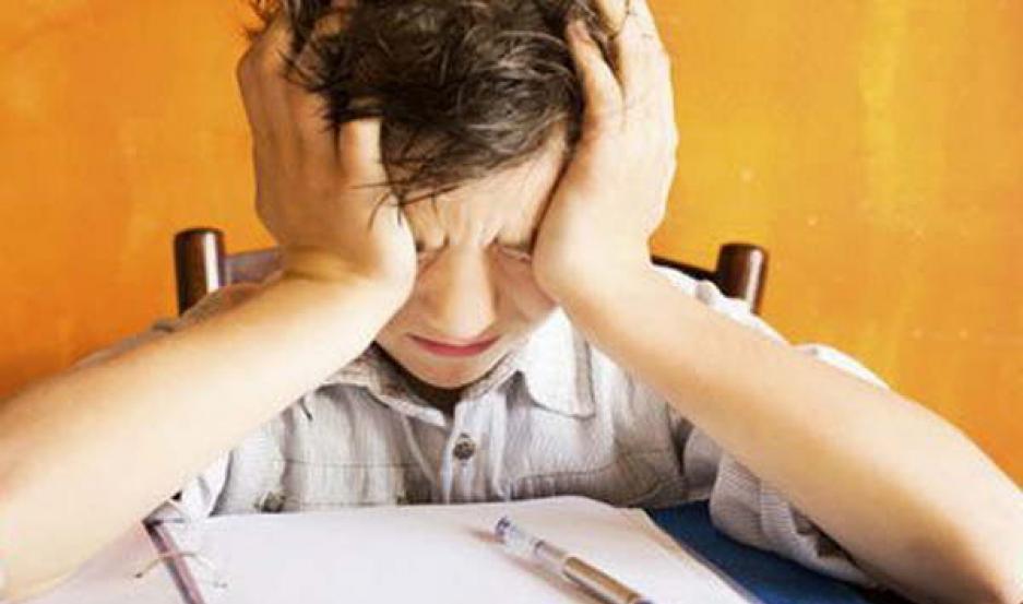 SOLUCIÓN. En muchos casos, se soluciona con disminuir la situación de estrés que el niño está atravesando.