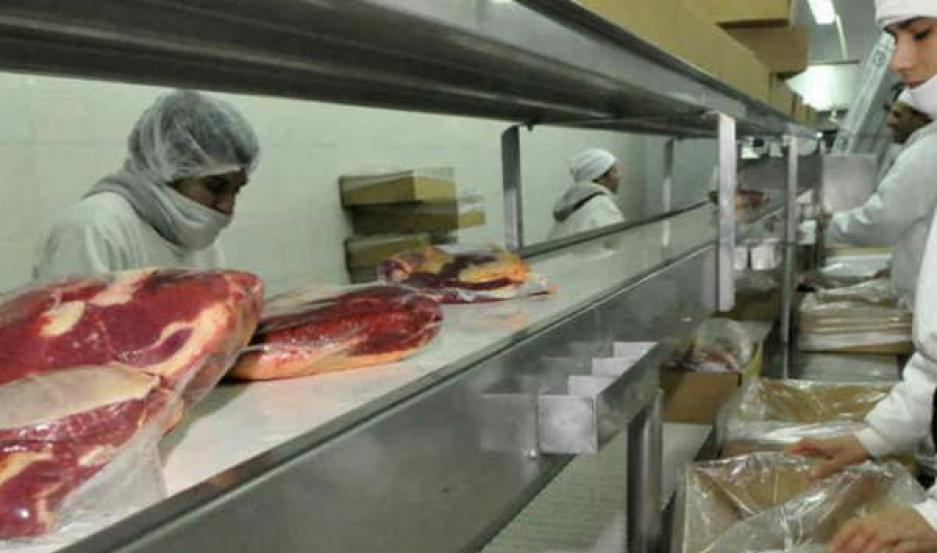 CORTES. El país asiático habilitó el envío de carnes con hueso.