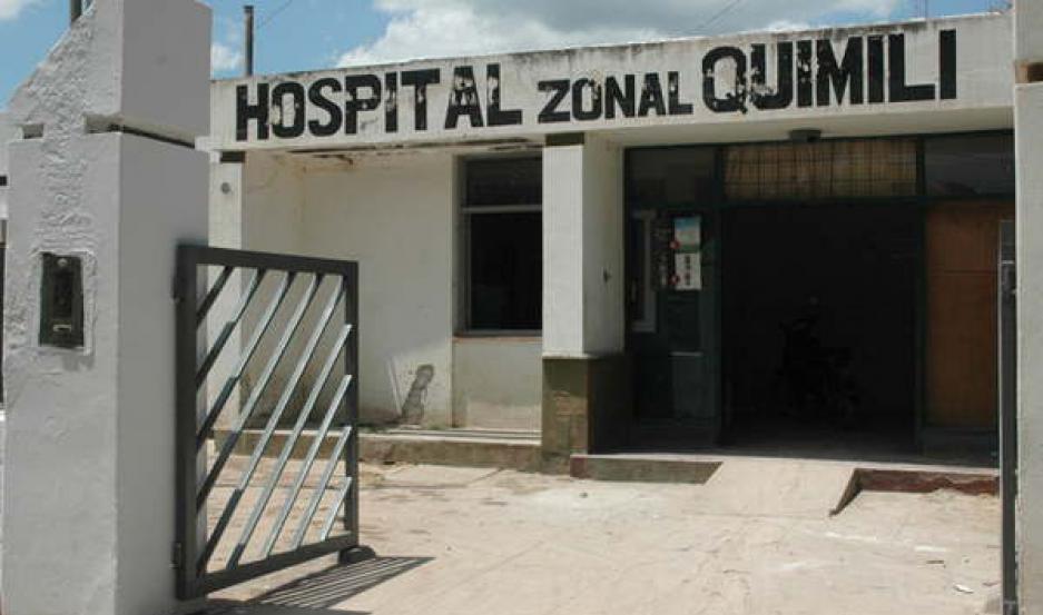 ASISTENCIA. La menor ingresó al hospital Zonal de Quimilí, donde fue examinada de urgencia.