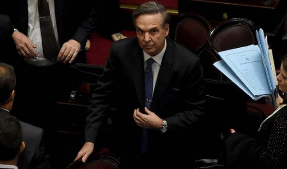 Pichetto renuncia al Consejo de la Magistratura.