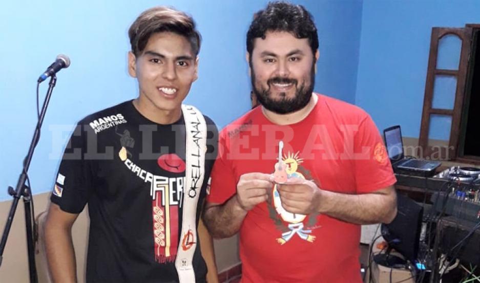 Bruno, feliz de haber conocido a su ídolo Manuel Orellana.