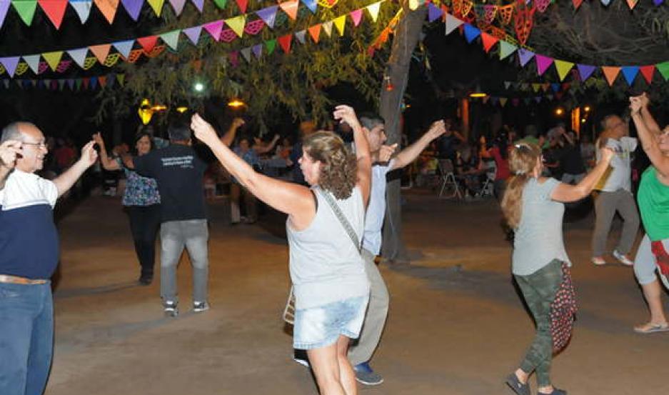 ESPACIO ABIERTO. Desde la organización invitan a participar a todos los santiagueños y turistas.
