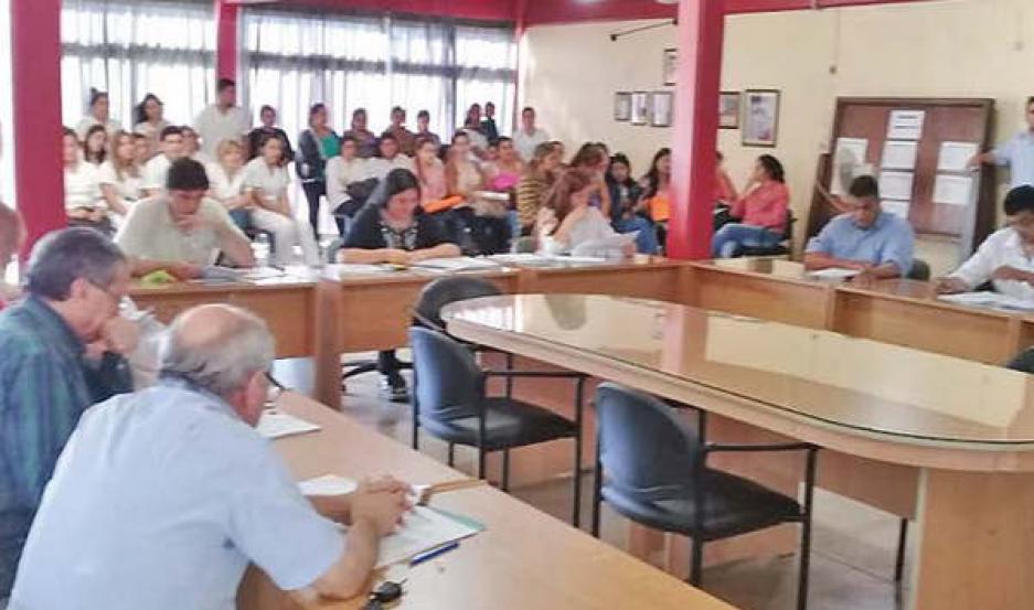 Buscan prohibir la comercialización de pirotecnia estruendosa en Añatuya