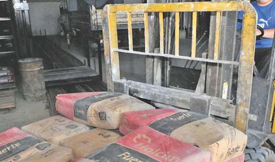 Se encarece la construcción, el precio del cemento subió un 7% y la bolsa llegó a los $300