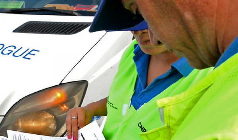 PEDIDO. Las autoridades insistieron en la necesidad de que los conductores respeten las leyes de tránsito.