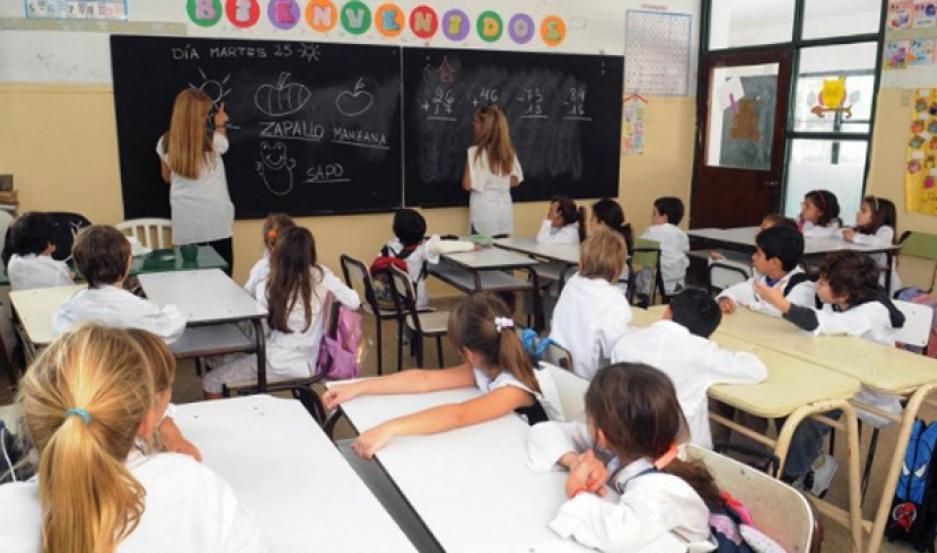 Los estudiantes avanzaron en lengua 8,5 puntos, pero no hubo cambios en matemática.