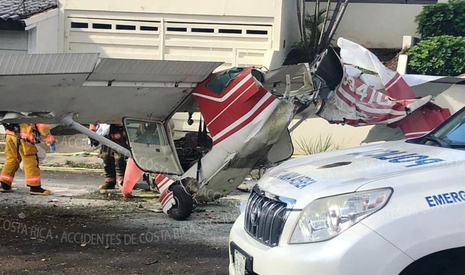 Se estrellaron con una avioneta en Costa Rica y salieron ilesos