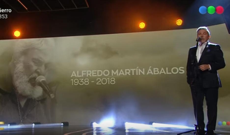El santiagueño fue incluido en el video.