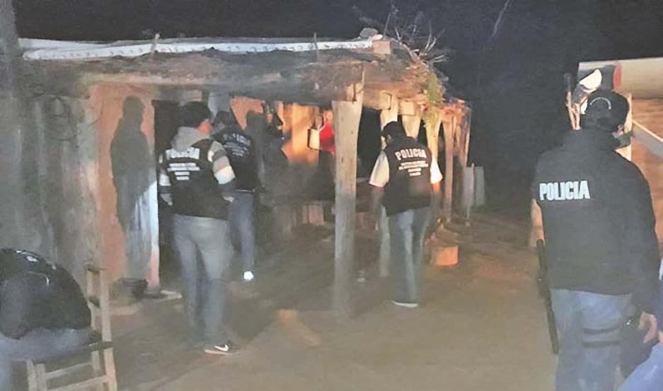 Los uniformados requisaron una vivienda y lograron apresar a Barraza, quien quedó a dispisición de la Fiscalía.