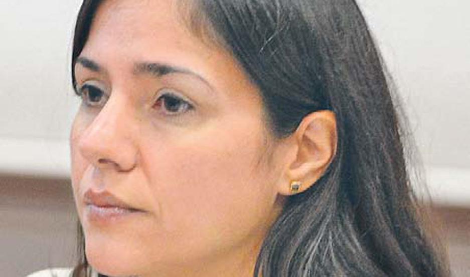 Nuria Kippes, abogada que asiste a la supuesta hija natural.