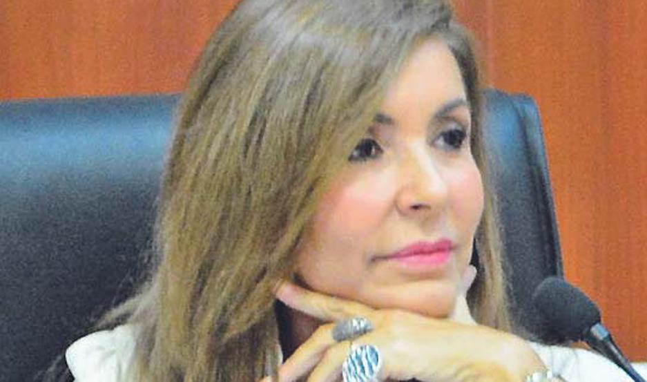 La jueza Danielsen extendió la detención del individuo.
