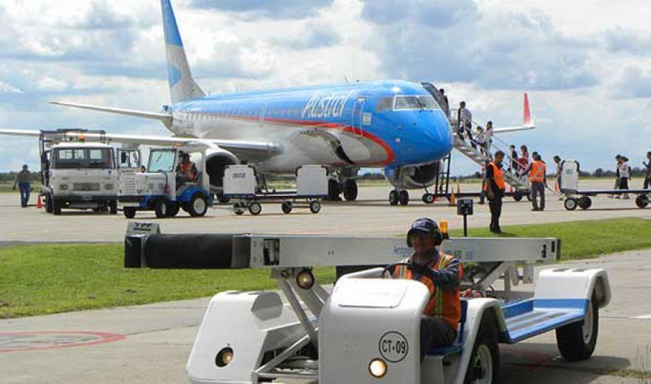 Por una medida de fuerza de controladores podría haber demoras en los vuelos