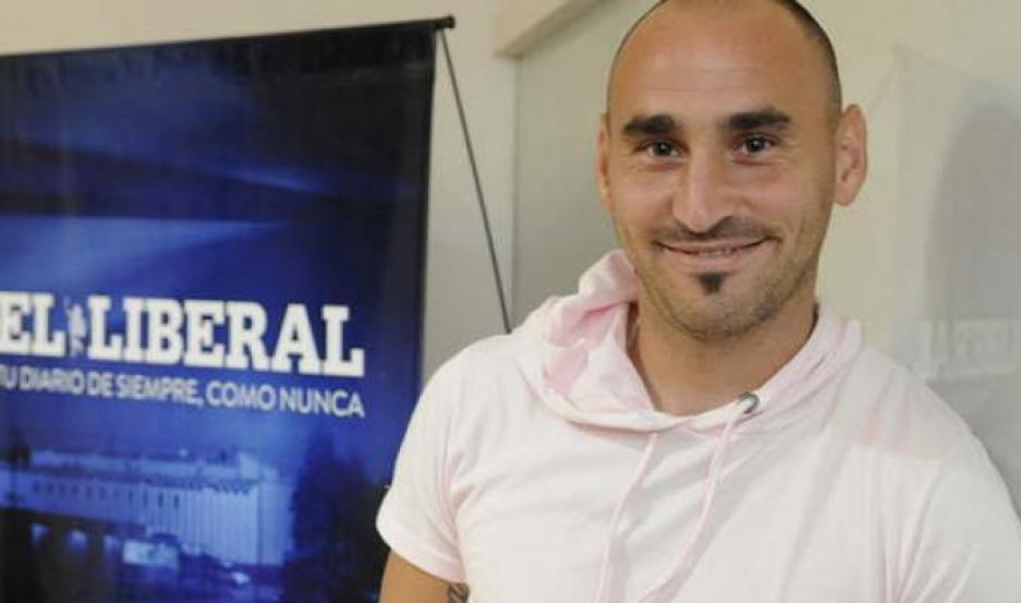 El mediocampista Alfredo Ramírez se fue molesto de Central Córdoba