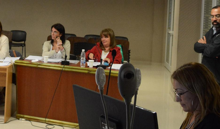 FISCALÍA. Las Dras. Marta Elena Ovejero y Pilar Gallo solicitarán la máxima pena para la pareja.