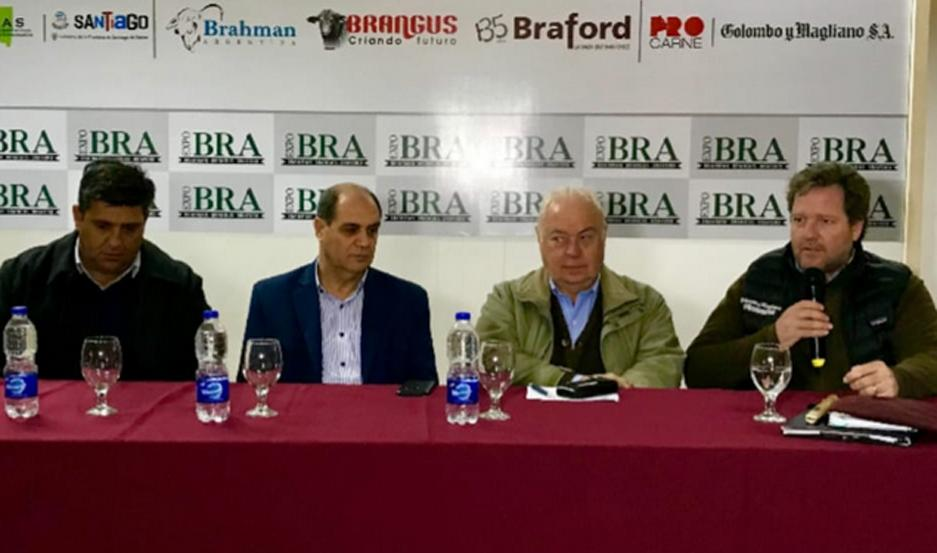 La presentación de la ExpoBRA fue realizada por autoridades oficiales y de responsables de la organización de esa exposición.