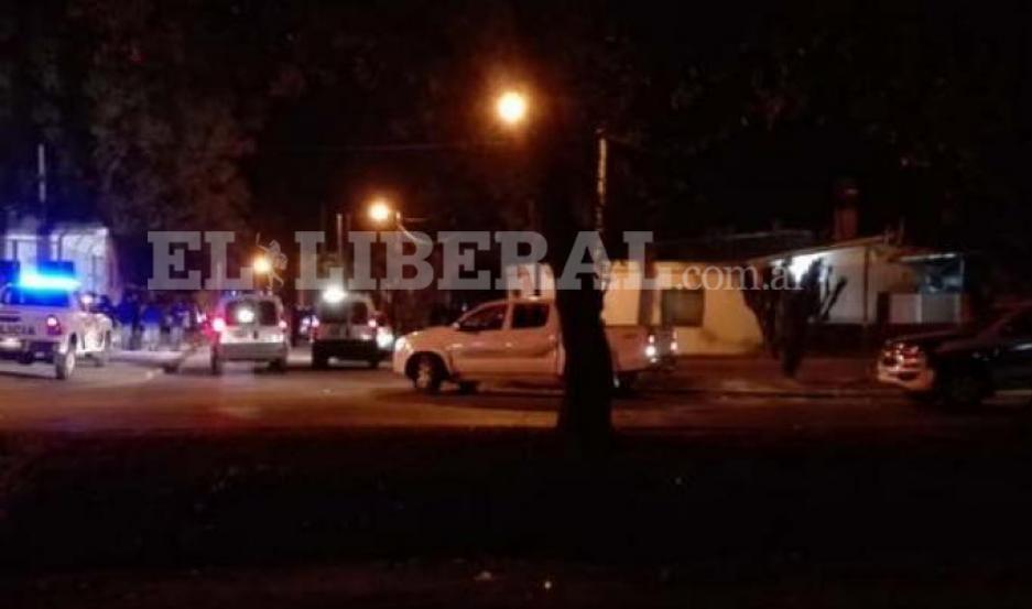 El ataque contra los policías generó la reacción de los camaradas que dispusieron un amplio operativo para dar con los agresores.