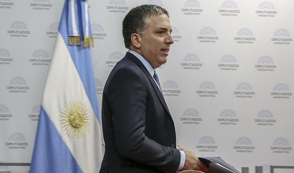 Renunció Dujovne y en su lugar asumirá Hernán Lacunza