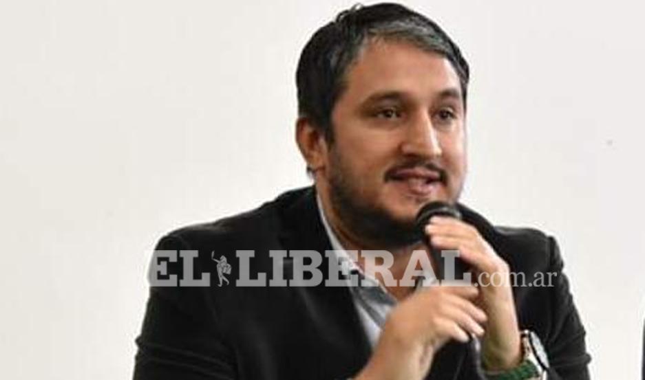 El intendente de Frías, Aníbal Padula, confirmó el pago de bonos a los empleados municipales.