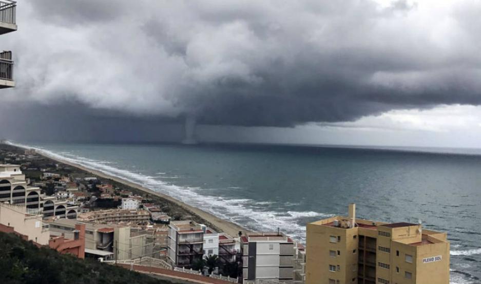 La tormenta en Valencia deja una