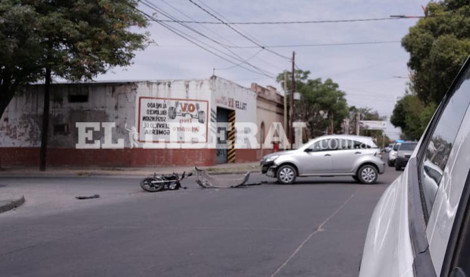 Personal de Policía Científica realizó los correspondientes trabajos periciales en el lugar del accidente.