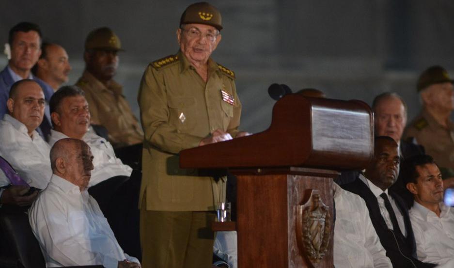 IMPLICADO. Según Estados Unidos, Raúl Castro (c) está implicado en graves violaciones de derechos humanos.