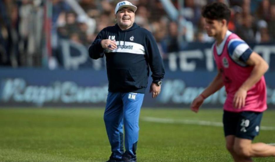 El equipo de Maradona recibe al