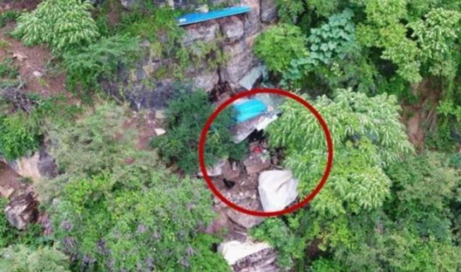 La cueva donde vivió 17 años el prófugo.