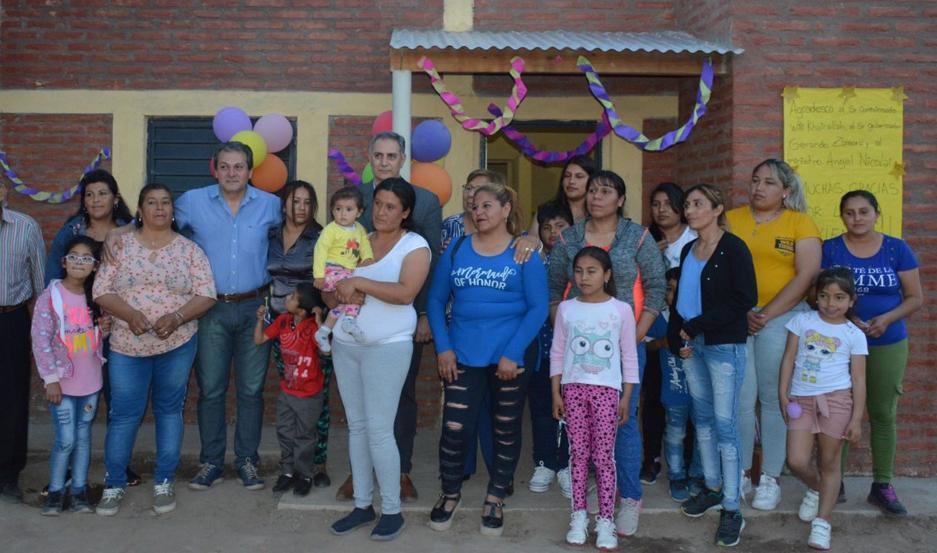 Son familias de las localidades Villa Robles, Tío Chacra, Tomilla y Milly, del Dpto. Robles.