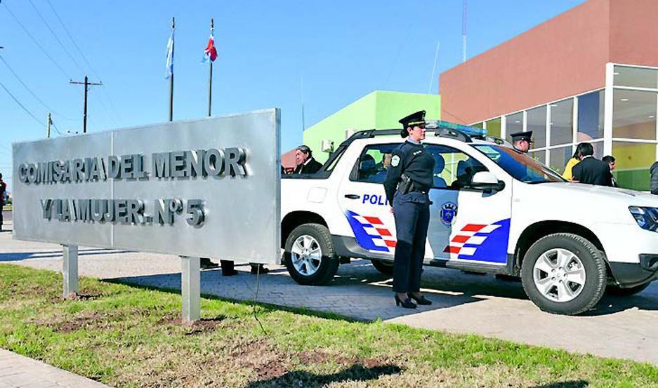 OPERATIVO. El procedimiento fue hecho por personal de la Comisaría del Menor y la Mujer Nº 5, del Bº Siglo XXI.