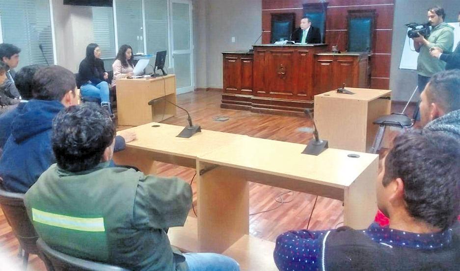 PROCESO. Los acusados no emitieron palabra alguna al tener la posibilidad de hacer su último descargo.