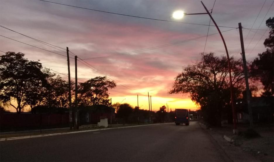 El amanecer, en la Avenida
