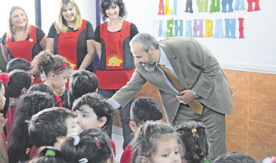 """JARDÍN SHAMS. """"Los niños son los pájaros del paraíso. Ellos no conocen el odio"""", dijo el Sheij Alí Awdhah Al Shamrani."""