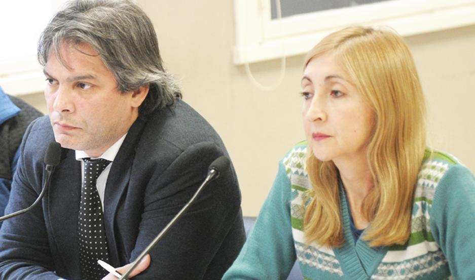 Roxana Cejas con Emilio Nazar, por la defensa.