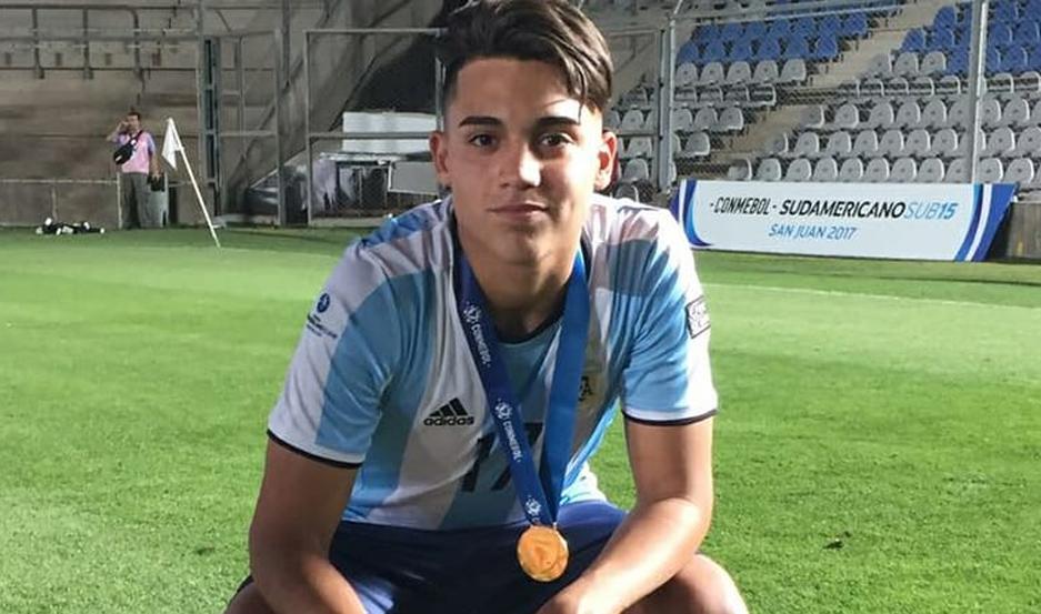 El jugador santiagueño forma parte de la Selección Argentina Sub 17.