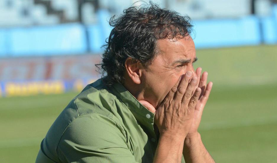 Gustavo Coleoni vive cada partido con la adrenalina que genera su equipo dentro del campo de juego, por la forma de jugar que impone.