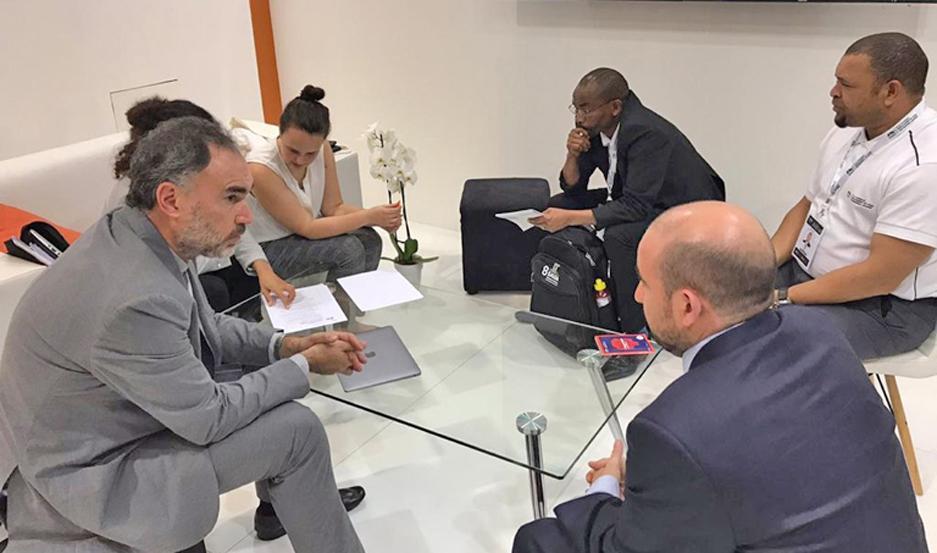 """""""Nos reunimos con representantes de España y otros países en donde planteamos ideas y convenios sobre la participación entre ciudades y la aplicación de las ODS"""", describió Mirolo."""