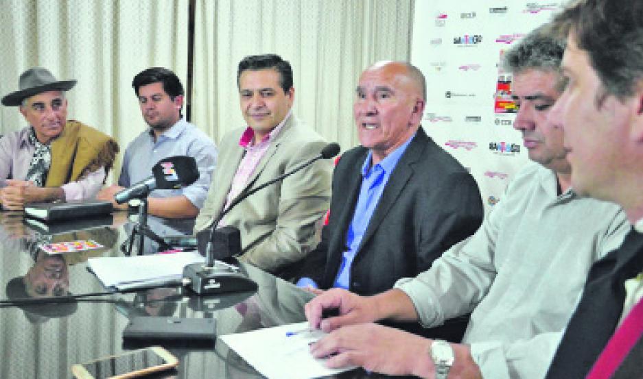 CONVOCATORIA. El intendente Cejas brindó detalles de lo que será la 11ª celebración del Festival del Suri.