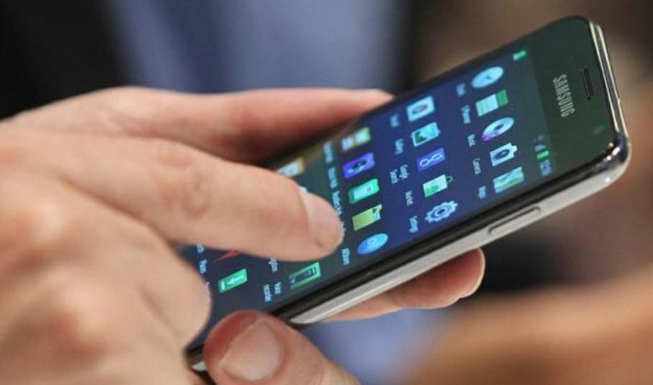 Las tarifas de la telefonía celular tuvieron cuatro alzas en lo que va de este año y antes de fin de año se viene la quinta.