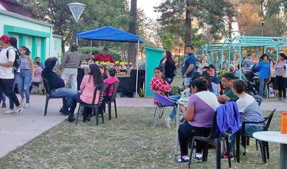 Después de las 19, se habilitará la feria y el patio matero. El evento es auspiciado por la Municipalidad de la Capital.