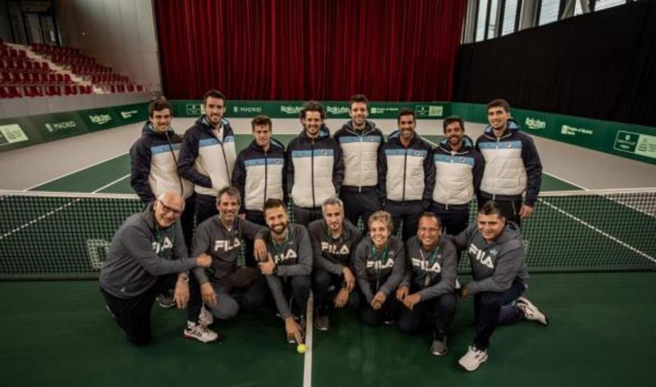 ILUSIÓN. El equipo argentino de Copa Davis, encabezado por Gastón Gaudio, sueña con eliminar a España y acceder a semifinales.