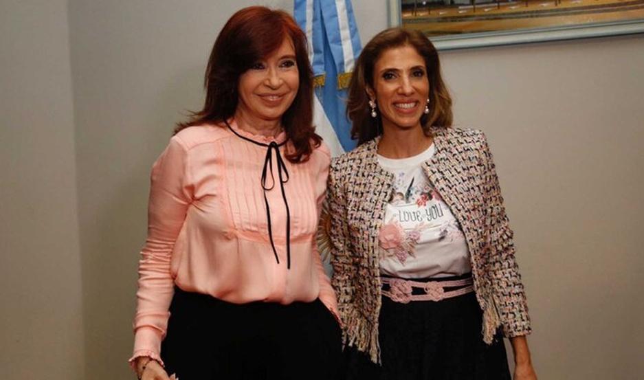 Cristina Fernández de Kirchner junto a Claudia Ledesma Abdala de Zamora.