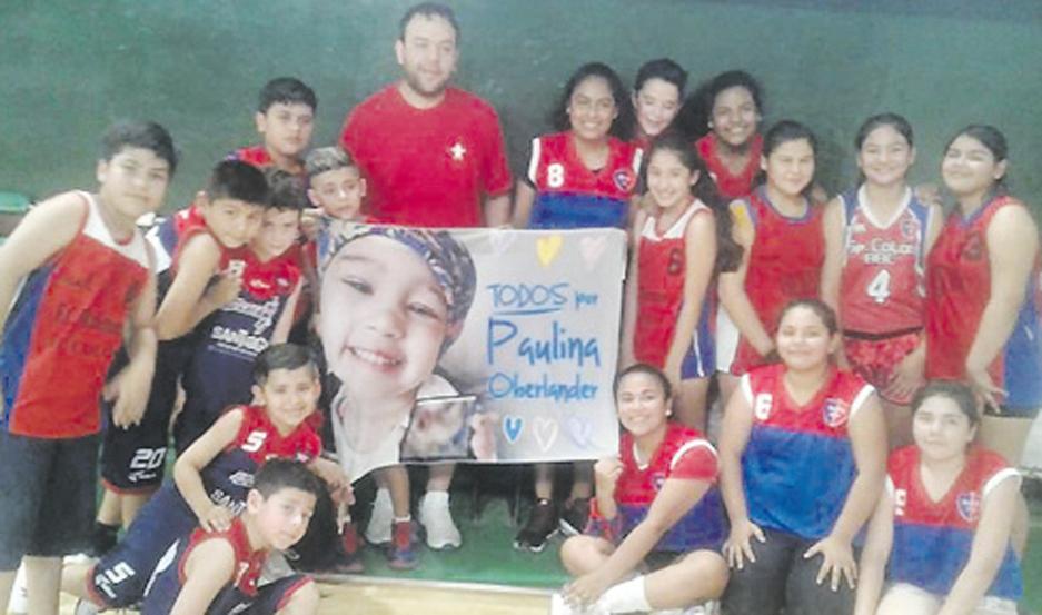 ORGULLO. Sportivo Colón participó del encuentro con sus chicos.