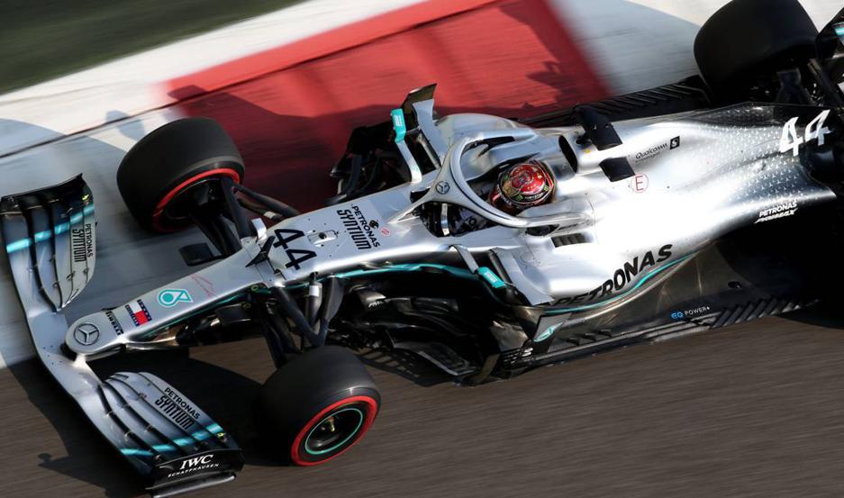 El piloto inglés hizo consiguió su última pole del año.